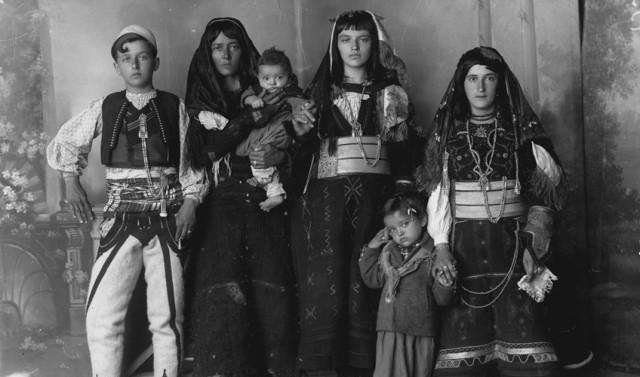 kel-marubi_sadri-keci-family_sito