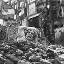 """""""Ma noi ricostruiremo"""" alle Gallerie d'Italia"""